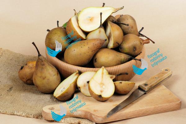 owoce, gruszki, jedzenie - zdjęcia produktów, fotograf rodzinny trójmiasto bystydzienska
